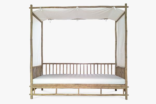 Malaga canopy daybed 212 x 106 x 200Hcm