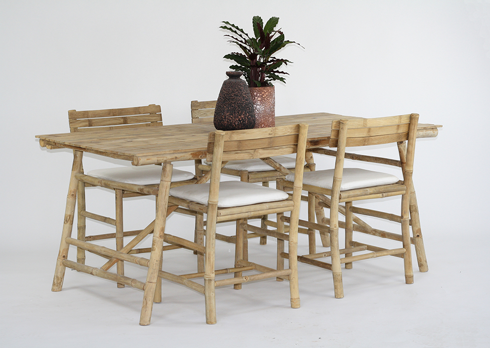 Mikado table & Cottage Chairs