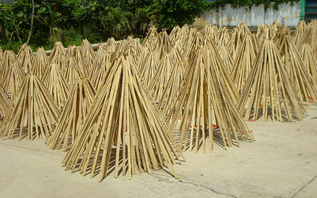 Drying bamboo